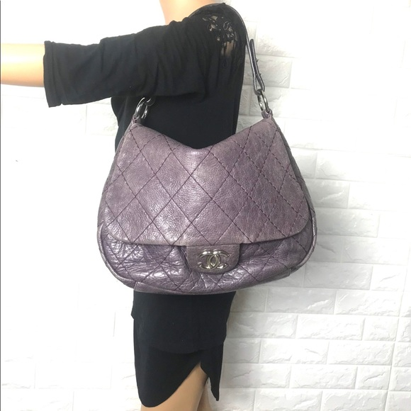 CHANEL Handbags - 💎RARE LARGE💎CHANEL QUILTED BAG